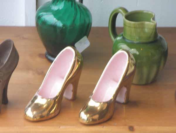 Shoes_shop_window