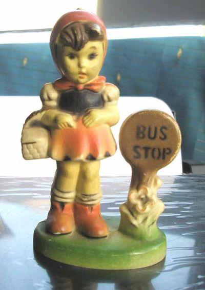 Busstopgirl_figurine