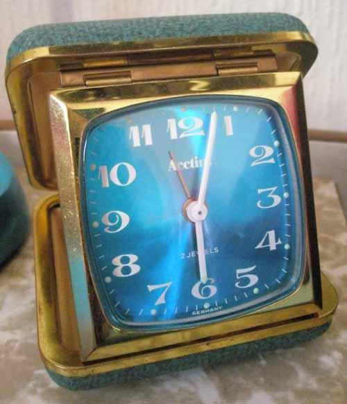 Travel_clock