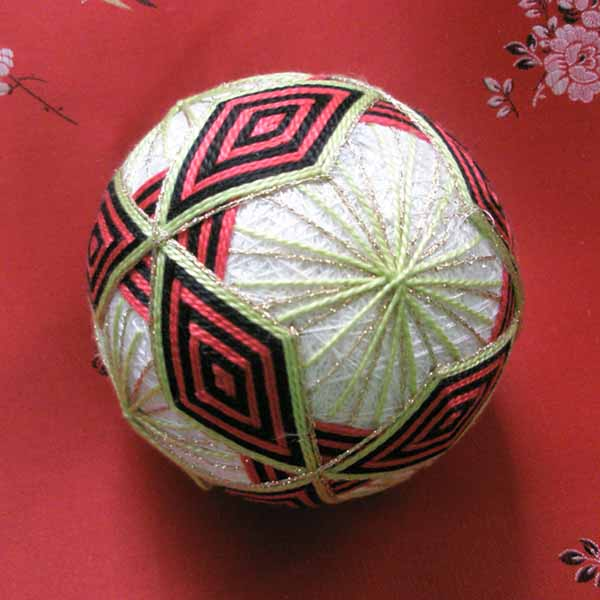 Embroidered_ball
