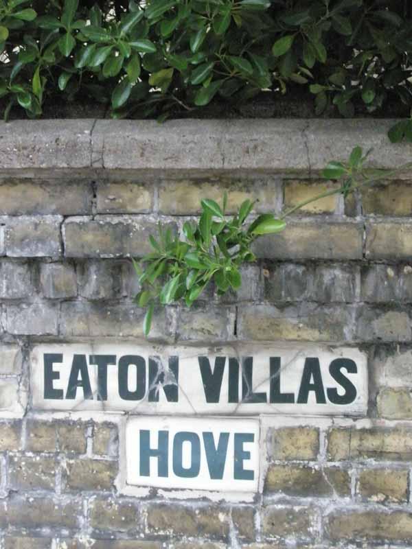 Eaton_villas
